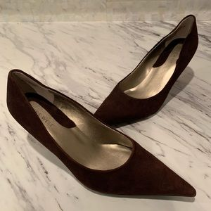 Nine West Gen Suede Pointed Toe Pumps Sz 6.5